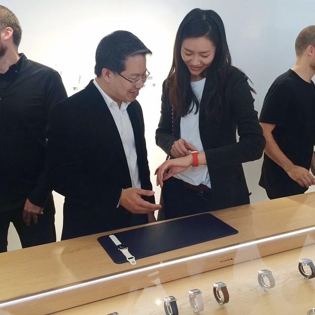 liu-wen-apple-watch-launch
