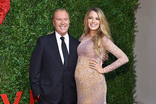 pregnant-blake-lively-michael-kors-dress1