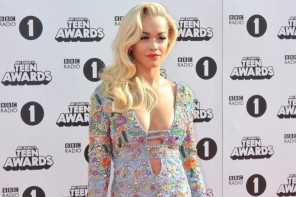 Rita Ora Gets Leggy in Emilio Pucci Mini Dress at Radio 1 Teen Awards 2014