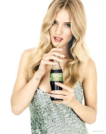 rosie-huntington-whiteley-coca-cola-life-ad-campaign02
