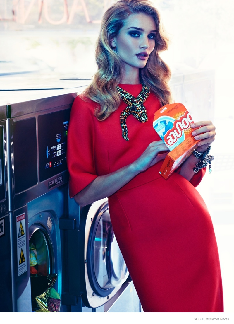 Rosie Huntington-Whiteley Gets Luxe in a Laundromat for Vogue Mexico Editorial
