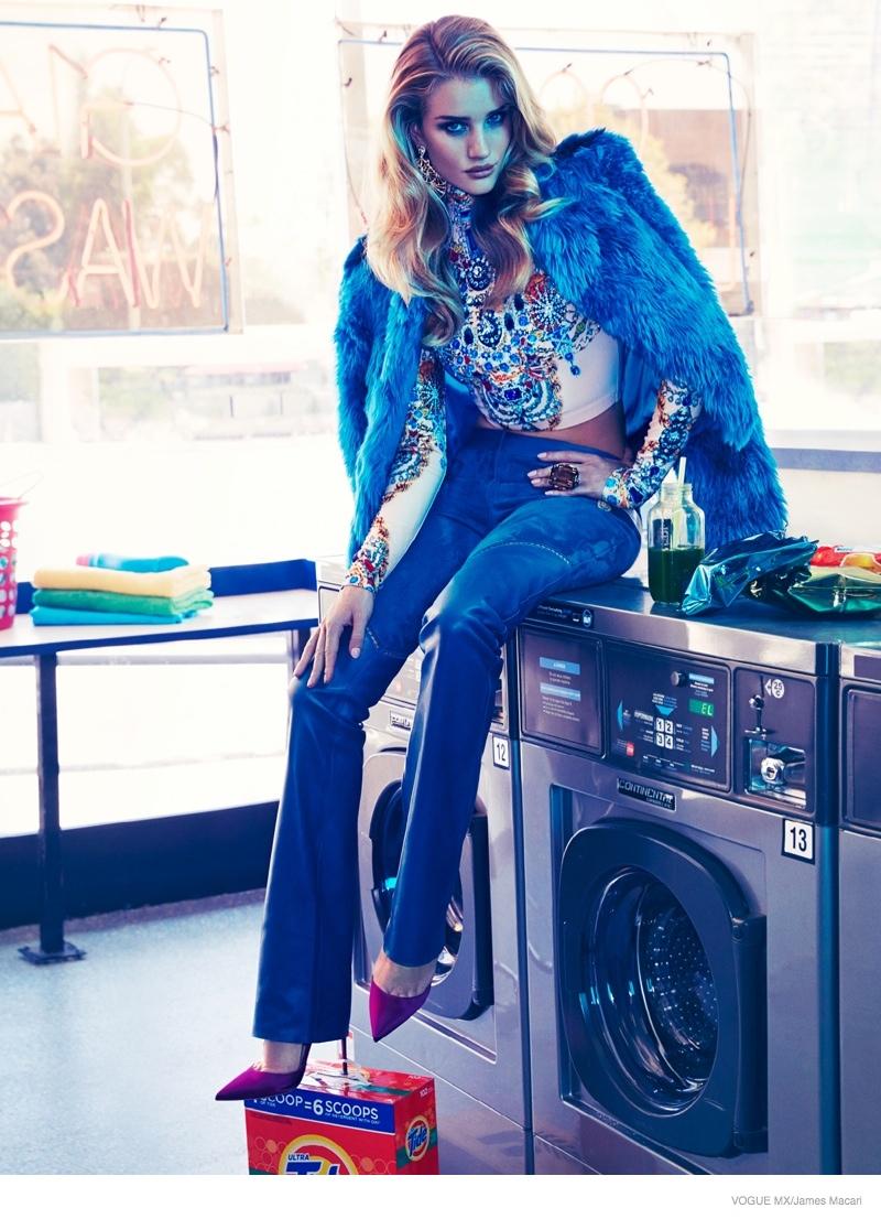 rosie-huntington-whiteley-laundromat-fashion03