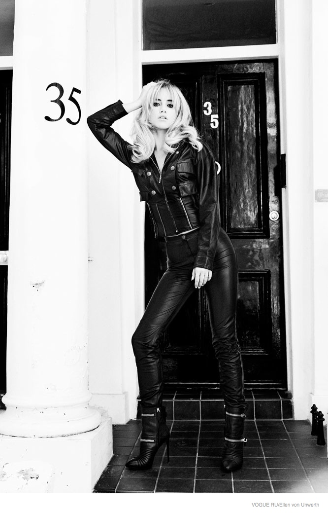suki-waterhouse-2014-photoshoot07