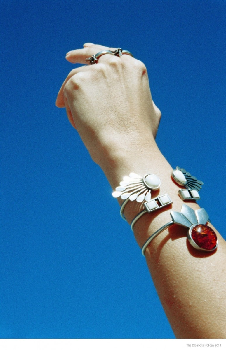the-2-bandits-jewelry-holiday-2014-16
