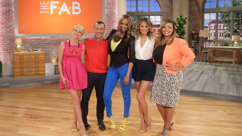 Tyra Banks + Chrissy Teigen Will Star on The F.A.B. Talk Show