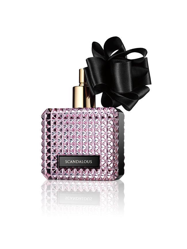 vs-scandalous-fragrance-bottle