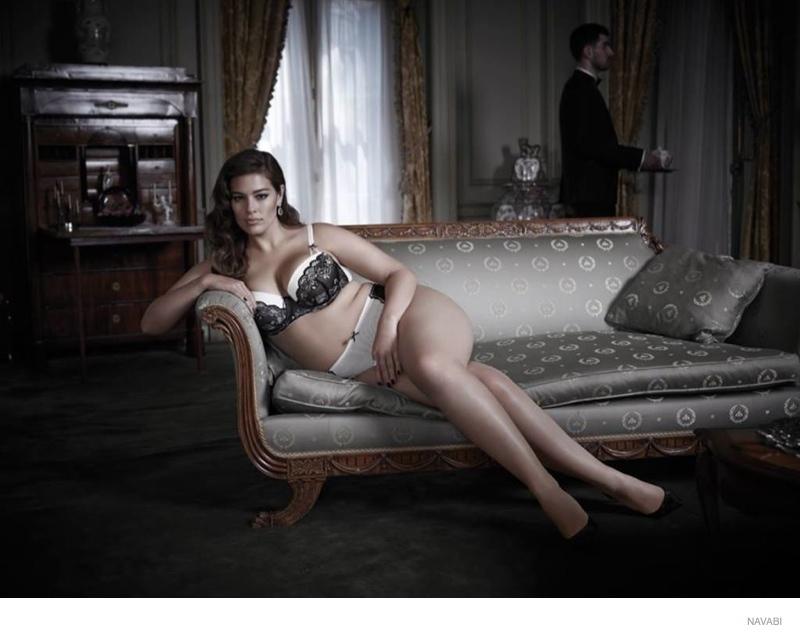ashley-graham-navabi-lingerie-photos01