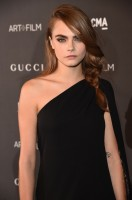 Cara Delevingne Now Has Light Brown Hair
