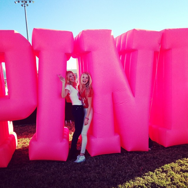 Elsa Hosk & Rachel Hilbert with VS pink balloon