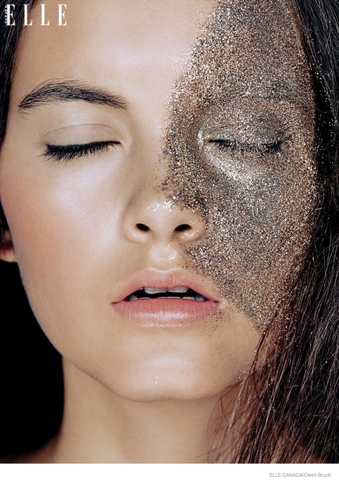 Emma Amp Ashley Model Glittery Holiday Makeup Looks In Elle Canada