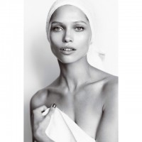 New Towel Series! Hana Jirickova Poses for Mario Testino