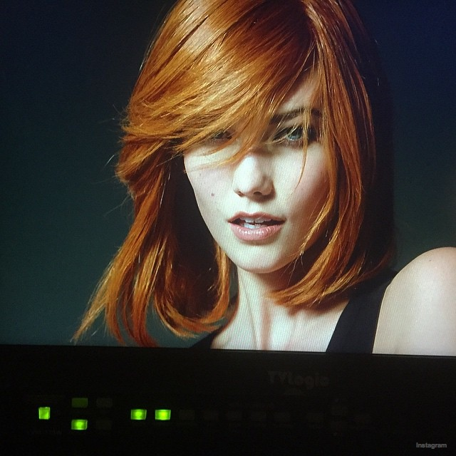 Karlie Kloss channels her inner red head for L'Oreal ad