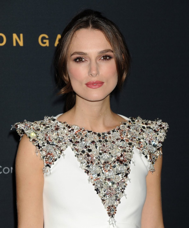 keira-knightley-chanel-couture-white-dress02