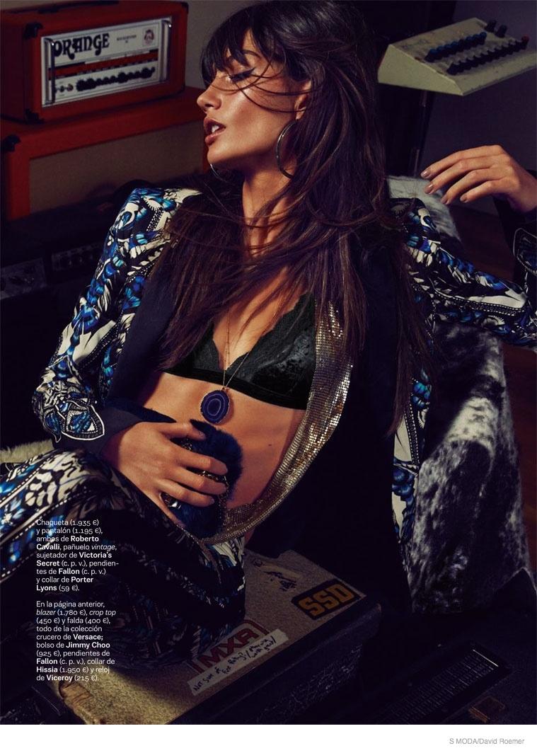 lily-aldridge-s-moda-november-2014-5