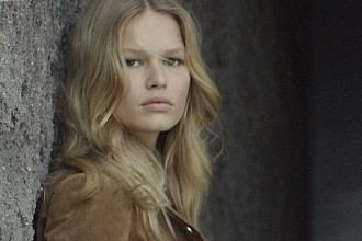 mango-anna-ewers-photo