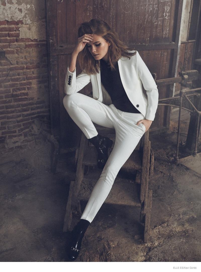 michaela-black-white-fashion-photos06