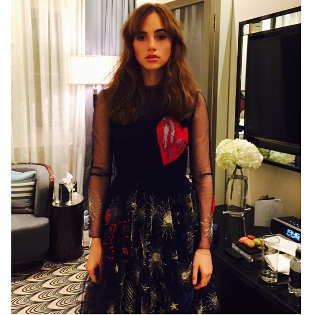 Suki Waterhouse wears Valentino dress