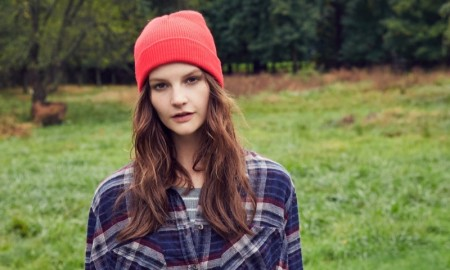 PACK ON THE FLANNEL: Add some flannel to your look for that tomboy style that is sure to pop. Photo: Urban Outfitters