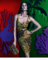 New Images + Video of Adriana Lima in the Versace for Riachuelo Campaign