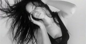 adriana-lima-love-video