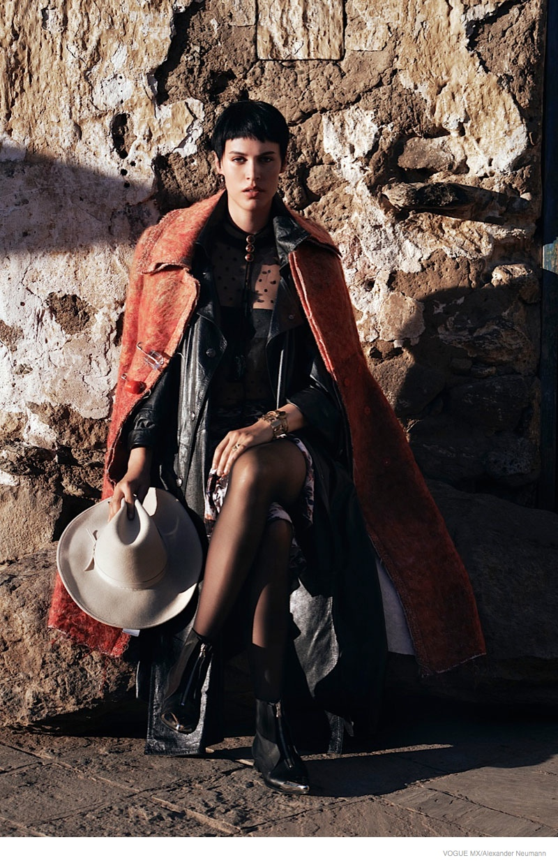 Alana Bunte Does Country Living for Vogue Mexico by Alexander Neumann