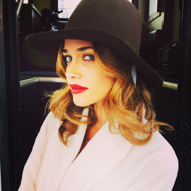 Ana Beatriz Barros gets glam on set