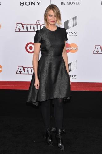 cameron-diaz-black-dior-tweed-dress01