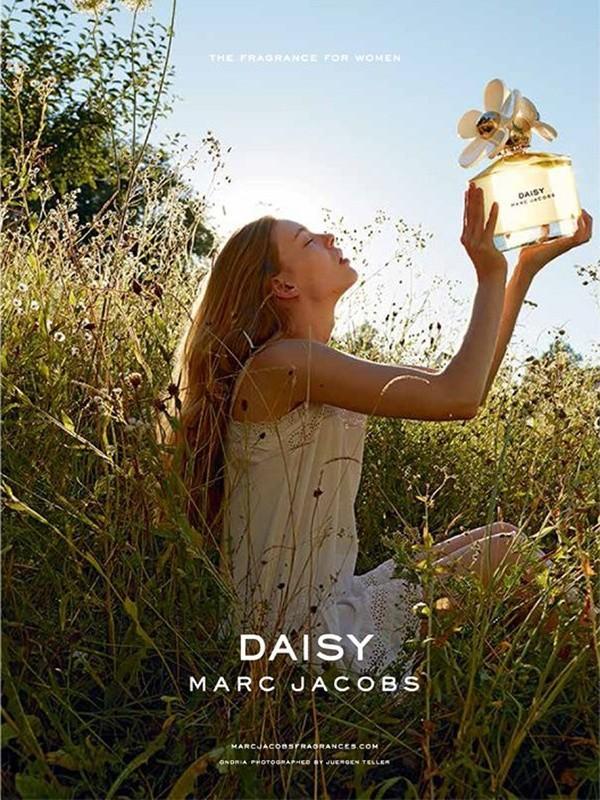 daisy-marc-jacobs-fragrance-ad