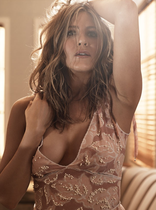 jennifer-aniston-allure-magazine-january-2015-01