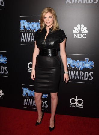 kate-upton-leather-look