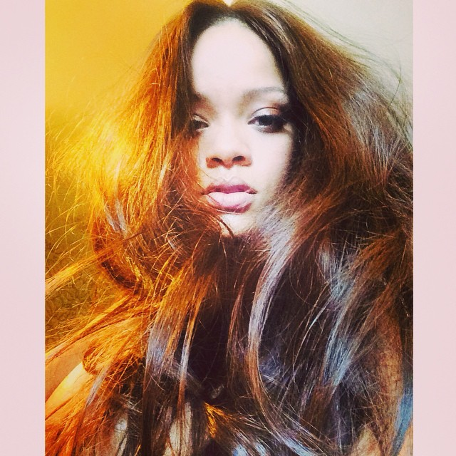 rihanna-brown-hair-photo1