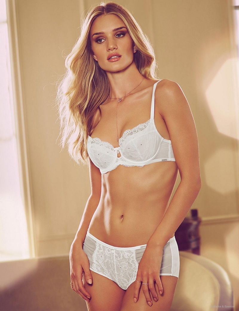 Lingerie Models: Hottest Underwear Models | Fashion Gone Rogue