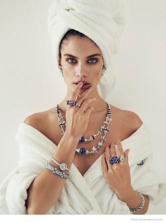 sara-sampaio-jewelry-beauty6