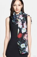 6 Scarves with Beautiful Prints & Patterns