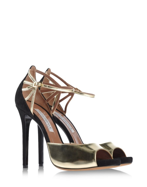 Shop The Tabitha Simmons For Shoescribe Holiday Line