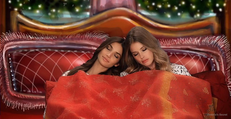 Victoria's Secret Angels Read 'Twas the Night Before Christmas' in New Video
