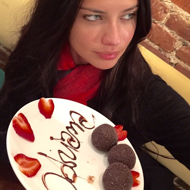 Adriana shares her personalized dessert plate