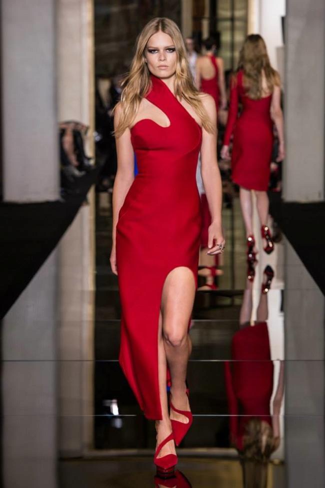 atelier-versace-haute-couture-spring-2015-runway07