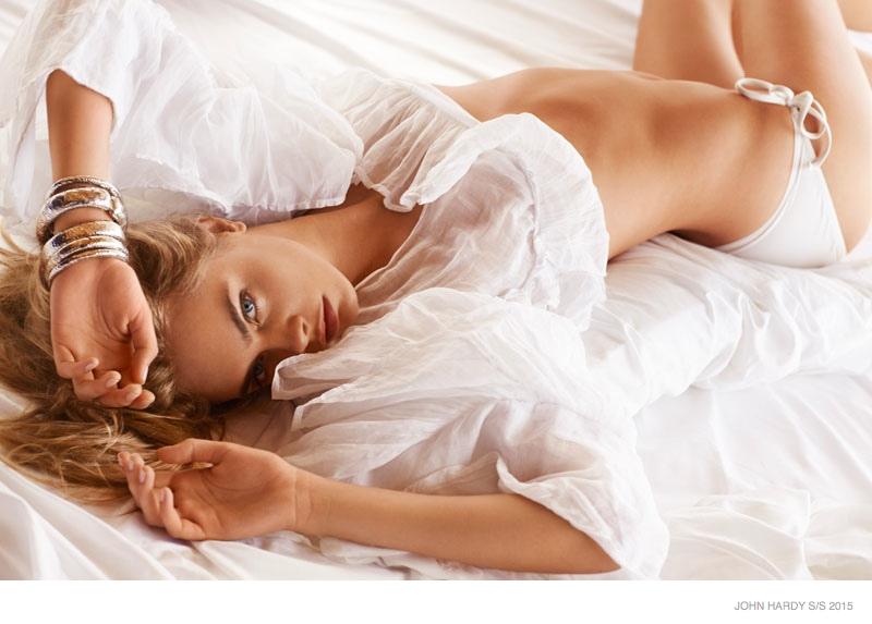 cara-delevingne-bed-john-hardy-spring-2015-ads03