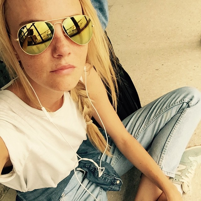 Caroline Trentini shares a new photo