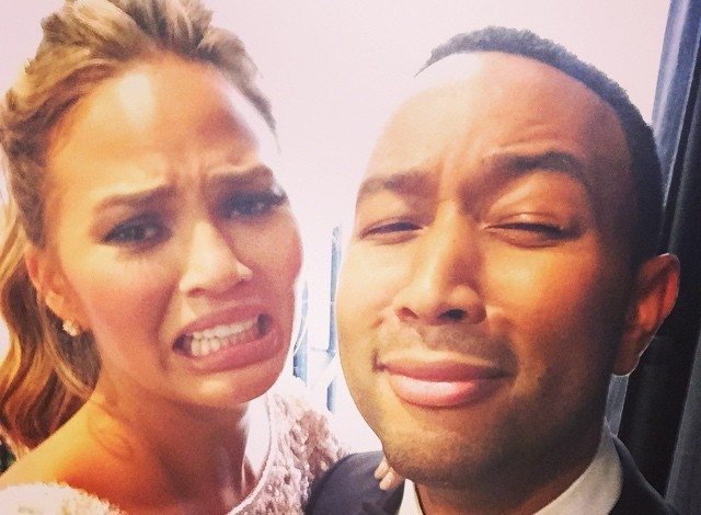 chrissy-teigen-cry-face-golden-globes