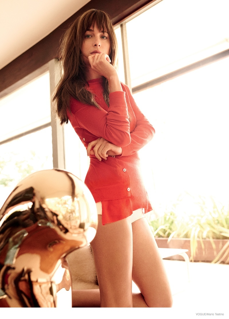 dakota-johnson-vogue-february-2015-photos03