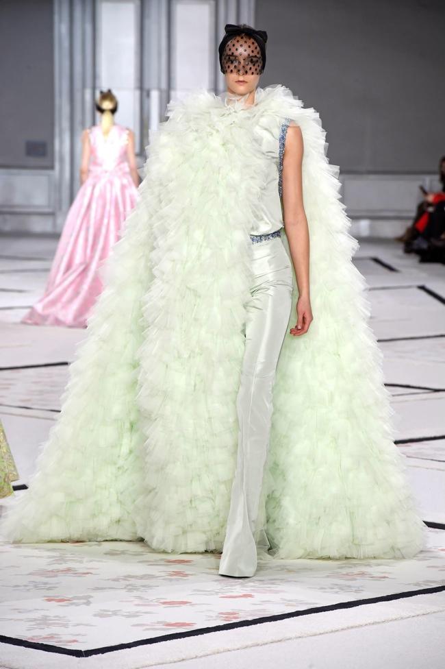 giambattista-valli-spring-2015-haute-couture12