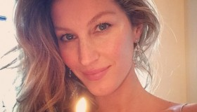 Gisele Bundchen finally revealed her wedding dress after six year. Photo via Instagram.