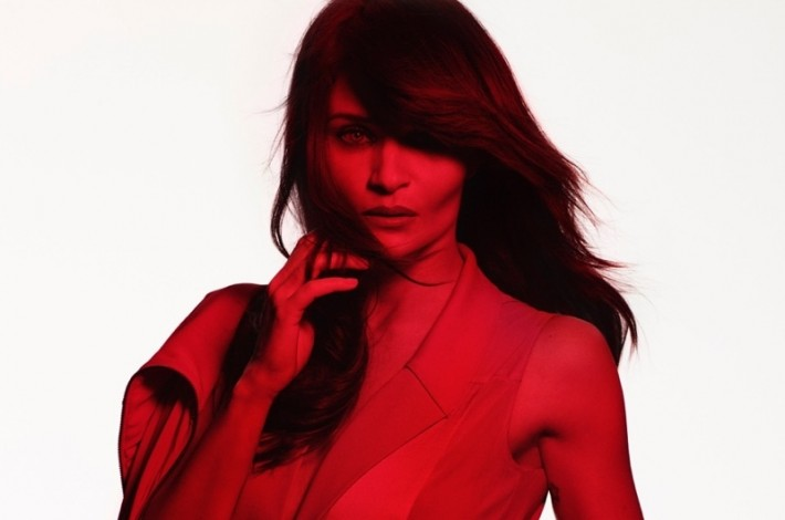 helena-christensen-red-hot-2015-photos03