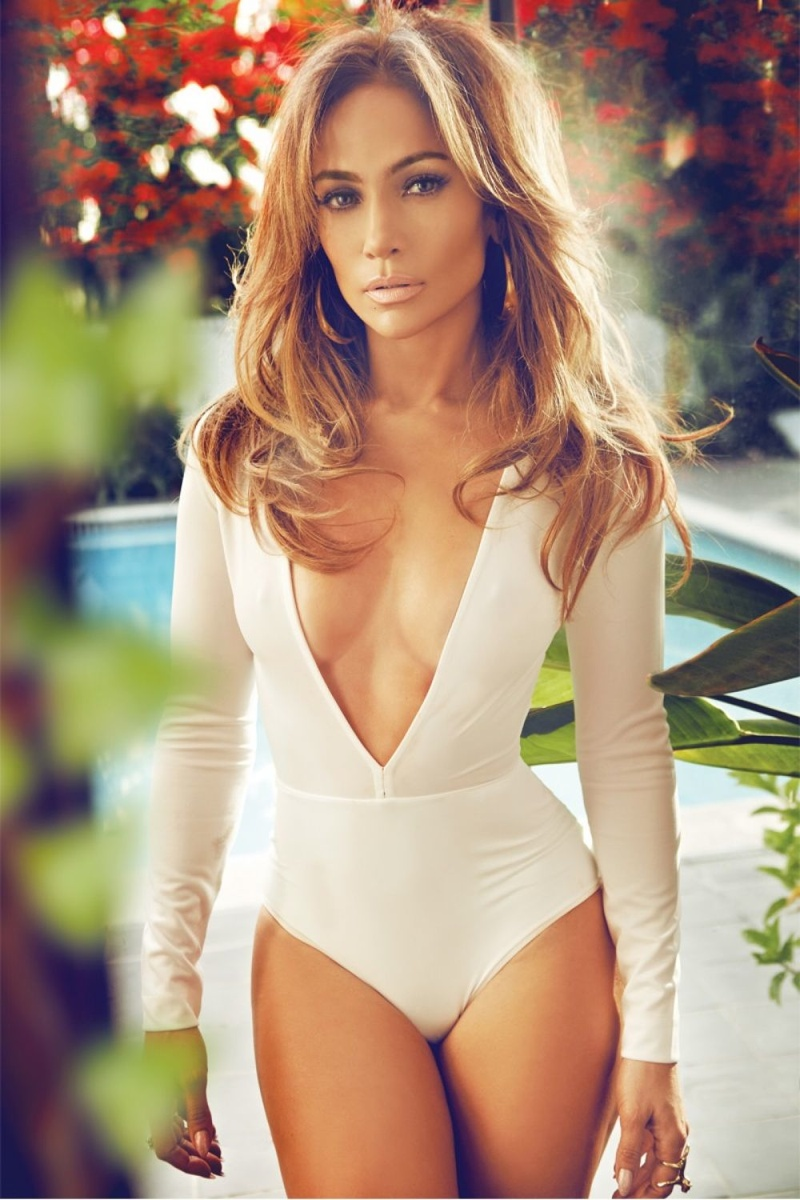 jennifer-lopez-complex-february-2015-photos04