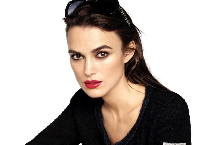 keira-knightley-chanel-coco-rouge-2015-01