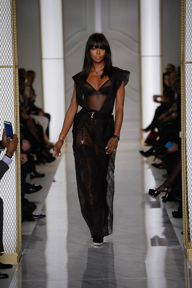 La Perla Debuts Atelier Couture Collection, Naomi Campbell Closes the Show!