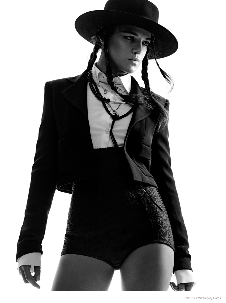michelle-rodriguez-sexy-interview-shoot-2015-05