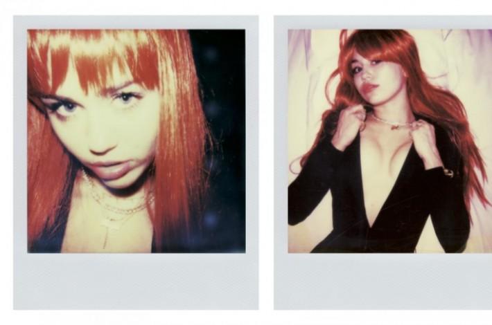 miley-cyrus-nude-polaroids03
